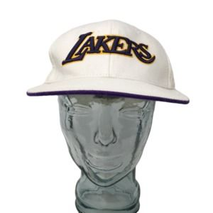 LA Lakers Baseball Hat White Fitted Size 7 3/8